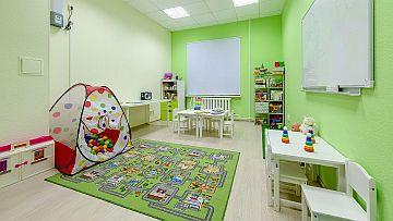 Фото 1: игровая комната для дете из мини сад