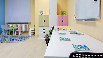 Для малышей подобрана специальная мебель