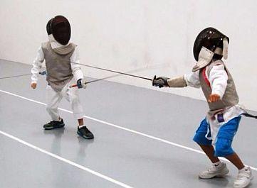 Занятия по фехтованию